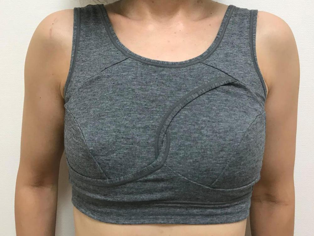 トリンププレジアフォルテ/美胸ナイトブラ2正面